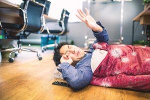 休日出勤も徹夜も当たり前の企業はどこか麻痺している
